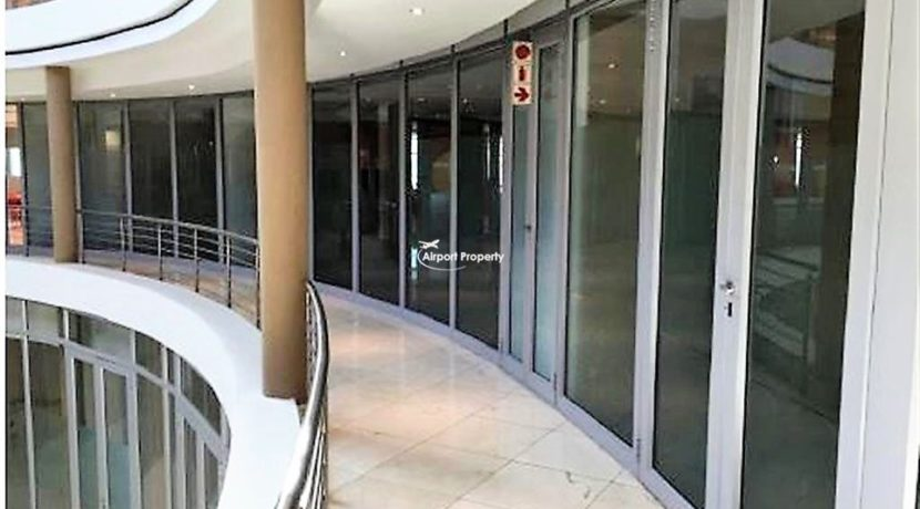 offices to rent airport cape town execujet 1