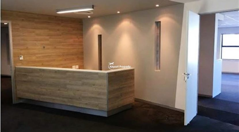 offices to rent airport cape town execujet 15