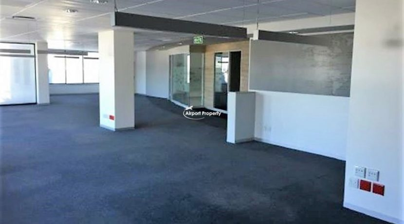 offices to rent airport cape town execujet 5