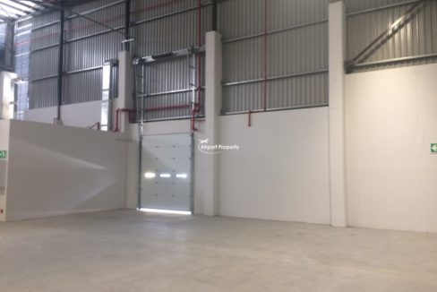 warehouse to rent airport industria golf air park 2 1
