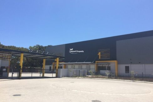 warehouse to rent airport industria golf air park 2 13