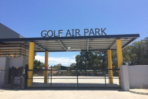 warehouse to rent airport industria golf air park 2 15 1