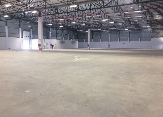warehouse to rent airport industria golf air park 2 18