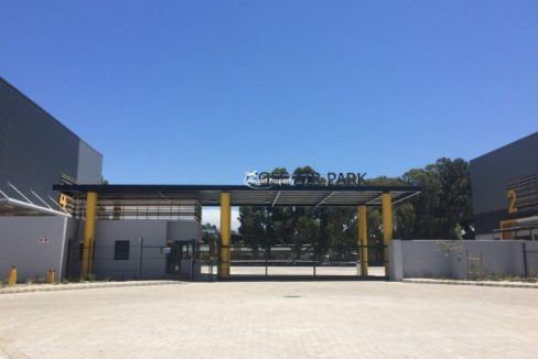 warehouse to rent airport industria golf air park 2 19 1