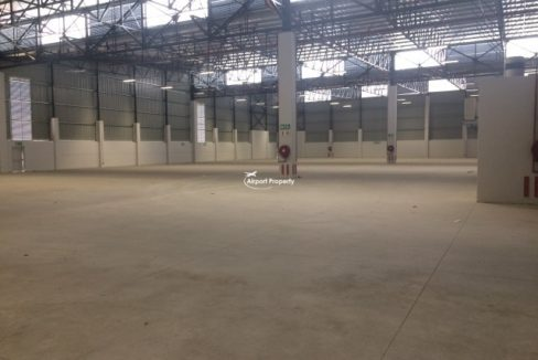 warehouse to rent airport industria golf air park 2 2