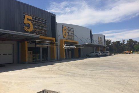 warehouse to rent airport industria golf air park 2 5
