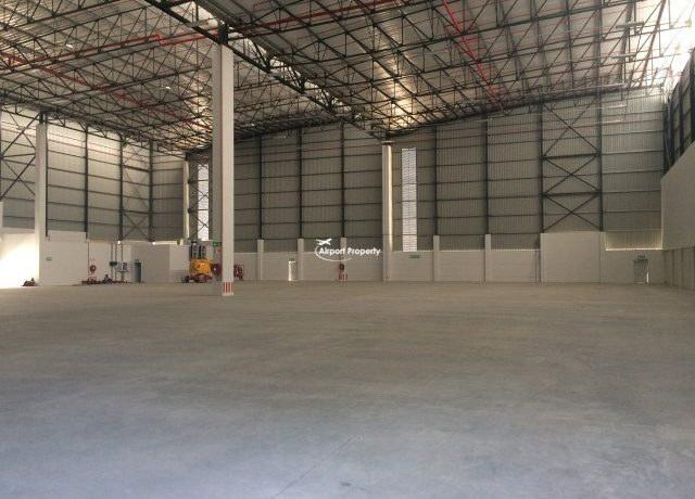 warehouse to rent airport industria golf air park 2 8