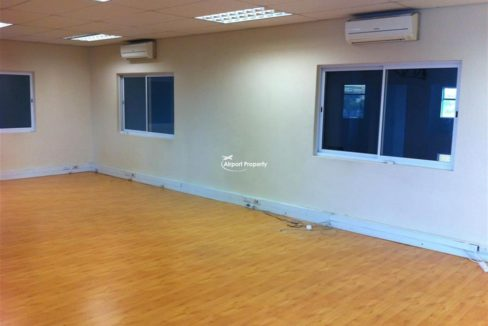warehouse units to rent airport city concorde park 5 1