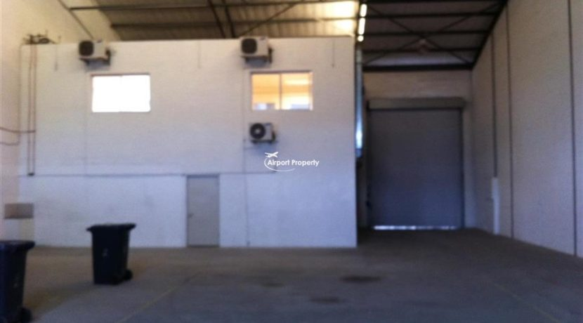 warehouse units to rent airport city concorde park 7 1