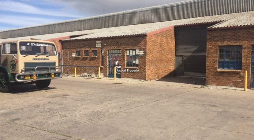 warehouse to rent airport industria 1 michigan street 10