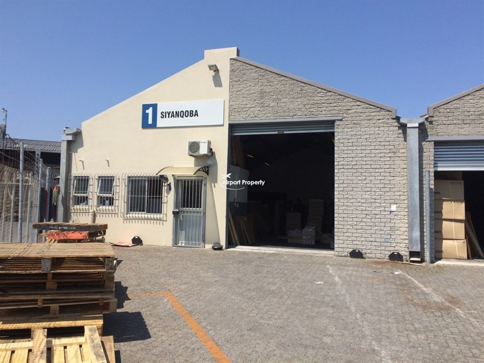 290m² Warehouse to rent in Airport Industria, Unit 1 Jetlag Park