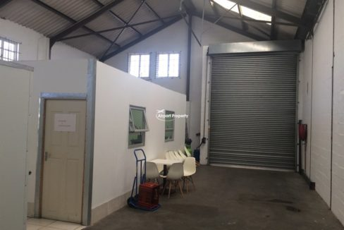 warehouse to rent airport industria ruco park 18