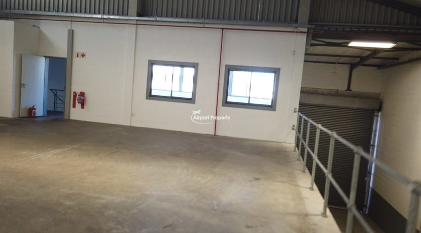 rehouse to rent airport industria CTX 629 9