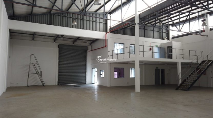 warehouse to rent airport industria 2121 1