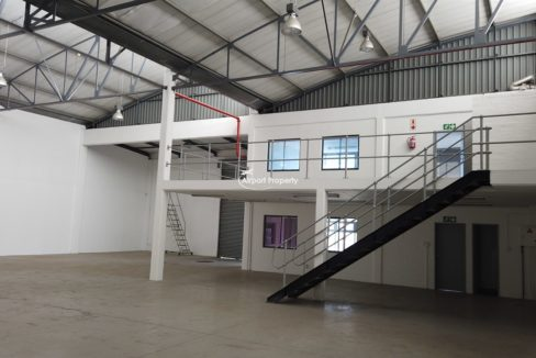 warehouse to rent airport industria 2121 3