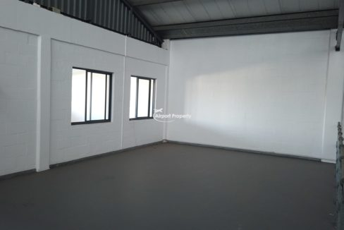 warehouse to rent airport industria 645 2