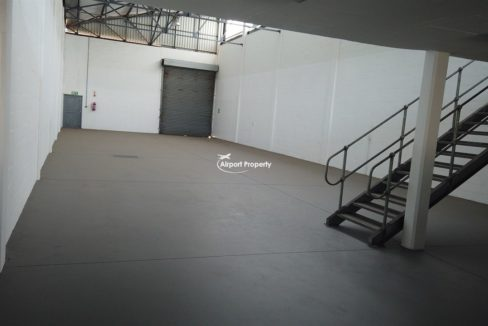 warehouse to rent airport industria 646 13