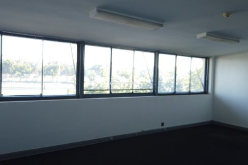 warehouse to rent airport industria 646 15