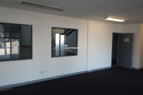 warehouse to rent airport industria 646 18