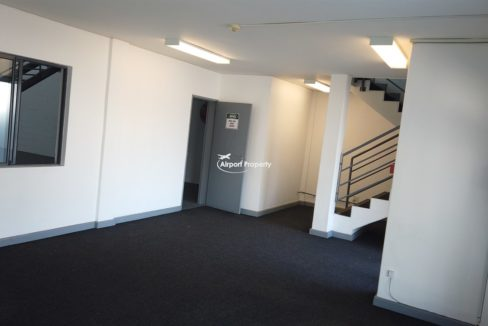 warehouse to rent airport industria 646 20