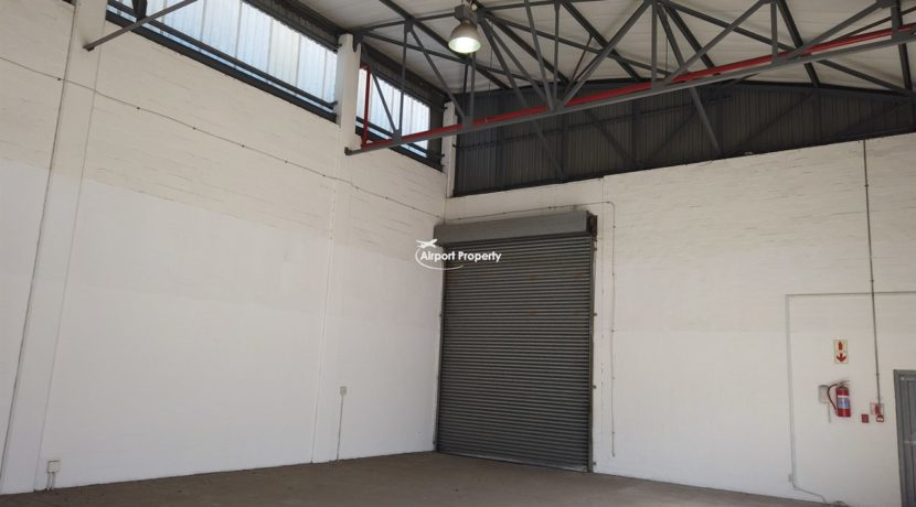 warehouse to rent airport industria 648 10