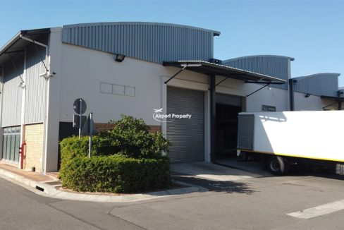 warehouse to rent airport industria 648 11