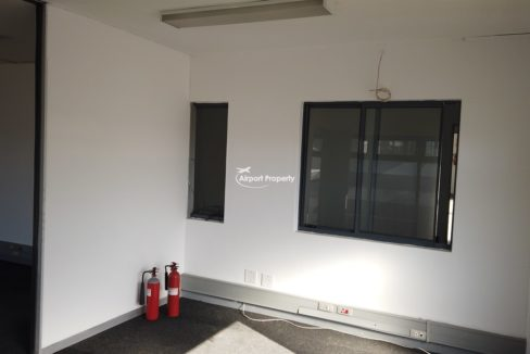 warehouse to rent airport industria 648 16
