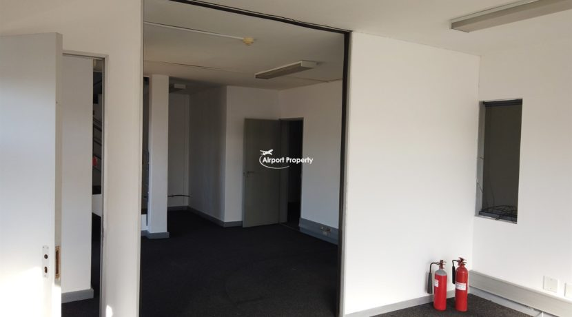 warehouse to rent airport industria 648 6