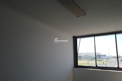 warehouse to rent airport industria 648 8