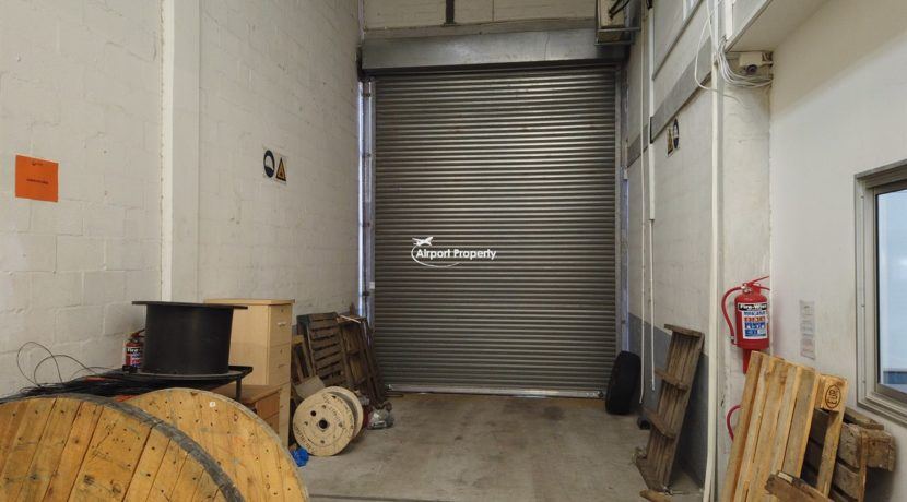 warehouse to rent airport industria 649 11 1