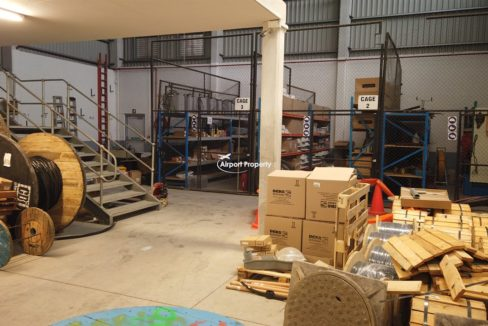 warehouse to rent airport industria 649 22 1