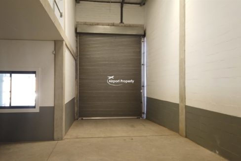 warehouse to rent airport industria 650 6