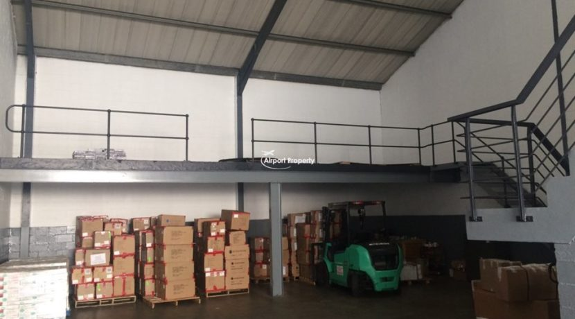 warehouse to rent airport industria gforce park 1