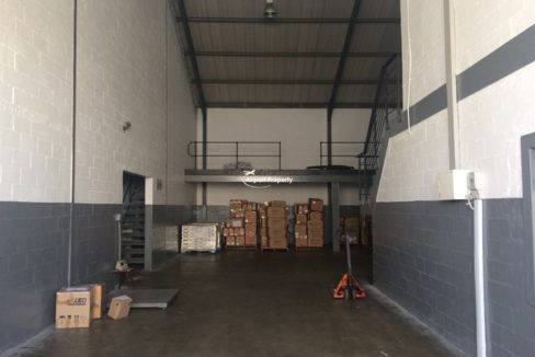 warehouse to rent airport industria gforce park 3