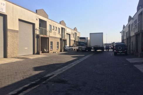 warehouse to rent airport industria gforce park 4