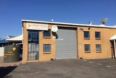 warehouse to rent airport industria sky park 11