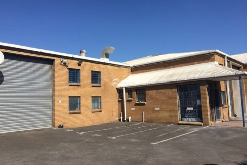warehouse to rent airport industria sky park 12