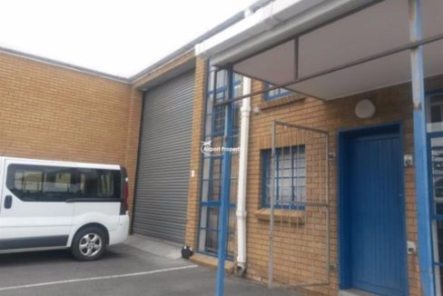 warehouse to rent airport industria sky park 5