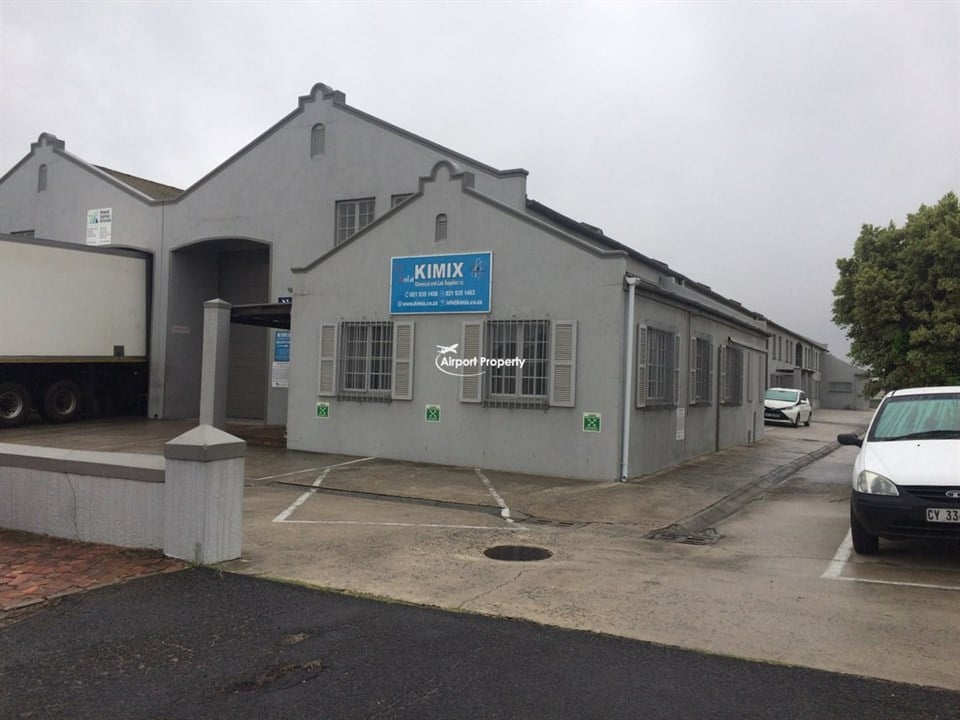 577m² Warehouse to let, Unit 1 & 13, Ruco Park, Airport Industria