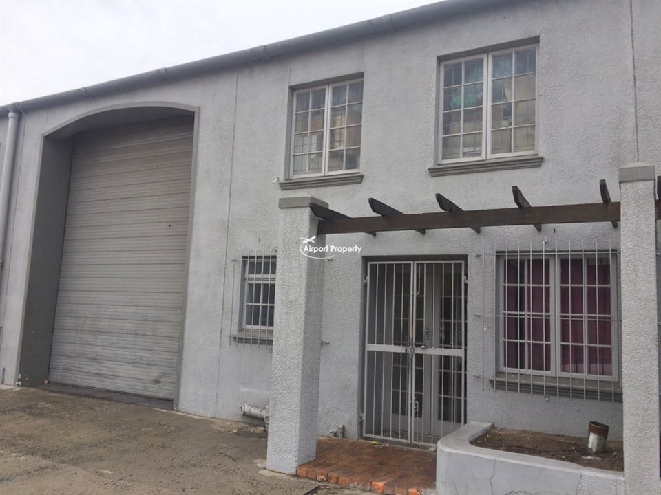 210m² Warehouse to let, Unit 13 Ruco Park, Airport Industria