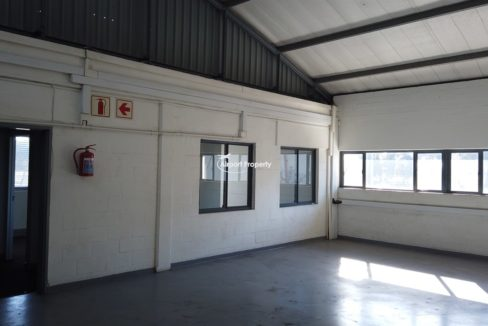 warehouse to rent airport industria 647 6