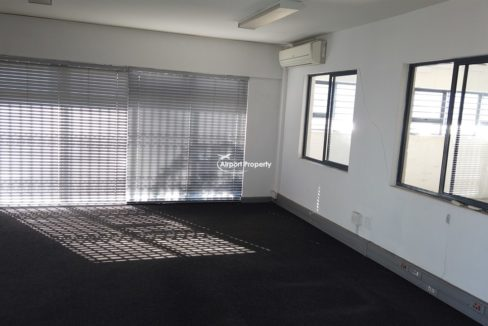 warehouse to rent airport industria 647 8